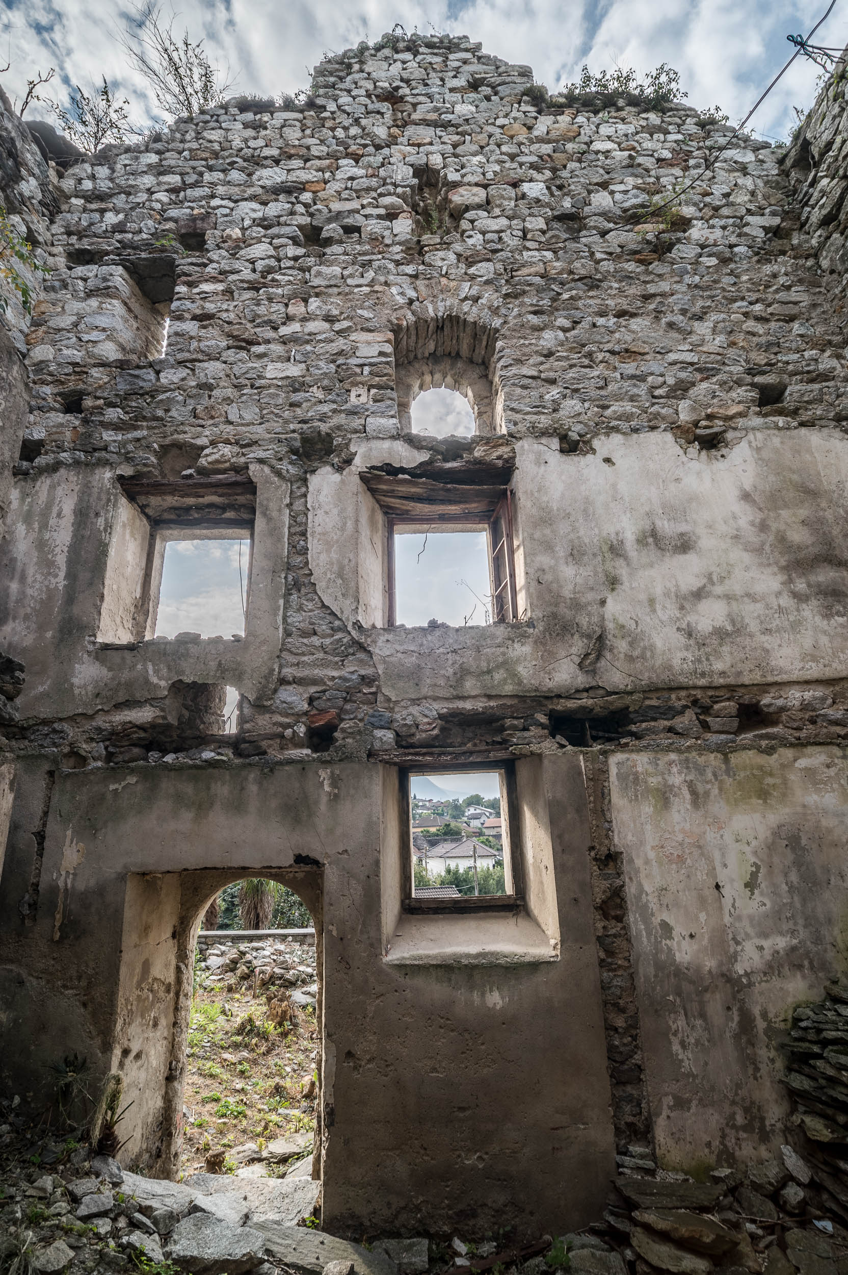 Bellinzona Claro,Places,Switzerland,Ticino,castello,magoria,rovina,swiss,ticino,